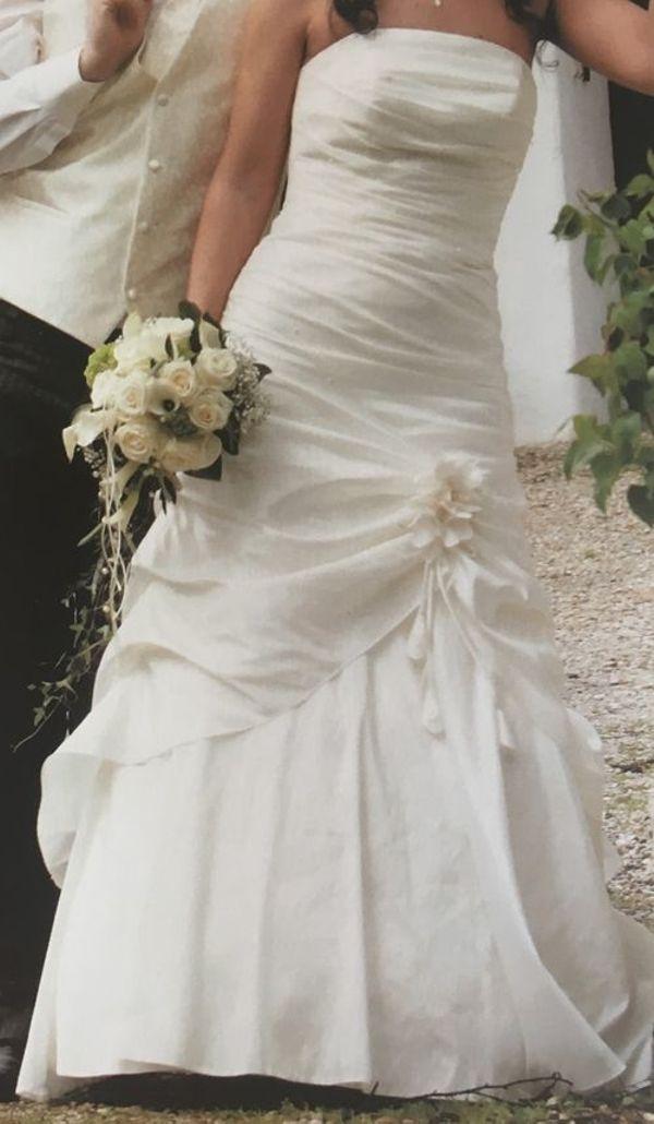 Wunderschönes Brautkleid von TRÈS CHIC
