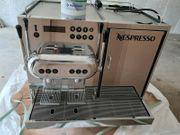 Nespresso Aguila 220 professionelle Kaffeemaschine