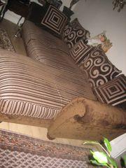 Sofa mit Ottoman für 50
