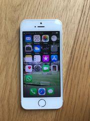 iPhone 5s mit Zubehör
