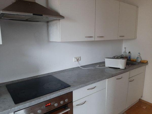 Küche - weiß - inkl. Geräte