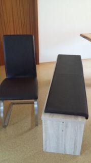 4 Schwingstühle und 1 Sitzbank