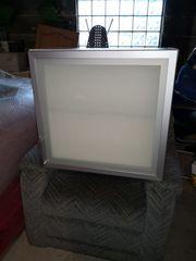 Hängeschrank Glasfront Küche