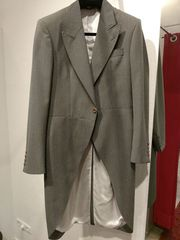 Cutaway Morning Coat in grau