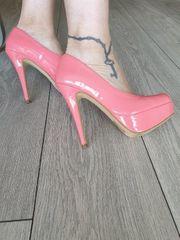 High Heels in 37