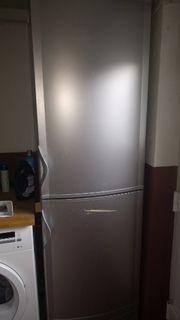 Kühlschrank Kühl- Gefrierkombination