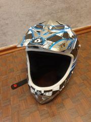 661 Polycarbonat Helm Strike Downhill