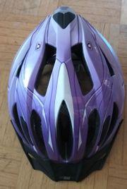 Fahrradhelm lila