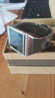 Erste Samsung Galaxy Gear Smartwatch