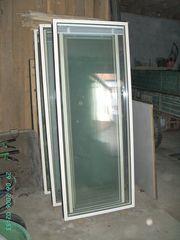 Aluminiumelemente feststehend mit Schall- Sichtschutzfunktion