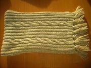 Verschiedene Tücher Schals Loops je