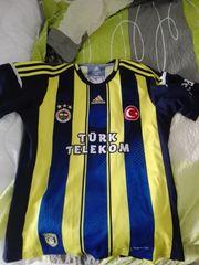 Fenerbahce Istanbul Trikot