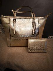 Guess Handtasche und Geldtasche