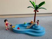 süßes Playmobil Babyschwimmbecken mit Rutsche