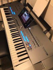 Digitale Yamaha tyris V-76