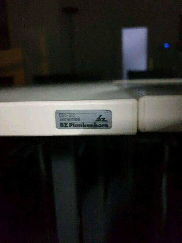 Schwingstühle und BZ Plankenhorn Schreibtisch
