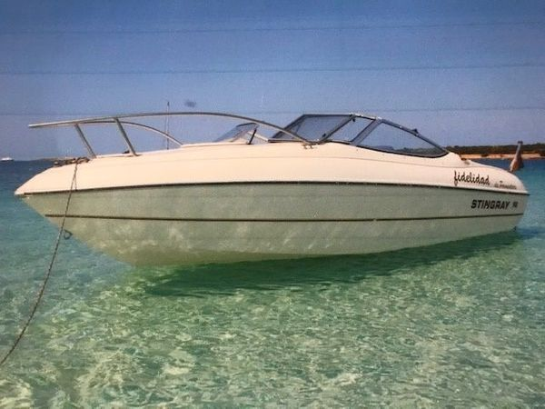 Einmalige Gelegenheit Motorboot Stingray 146PS