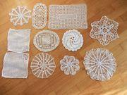 11 Deckchen Häkeldeckchen aus Omas