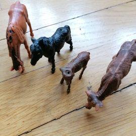 Bild 4 - Tierfiguren DDR 20 Stück Holzzäune - Waiblingen Kernstadt-Süd