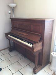 Klavier der Firma Ackermann
