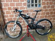 Mountain-Bike Canyon Strive ES 8