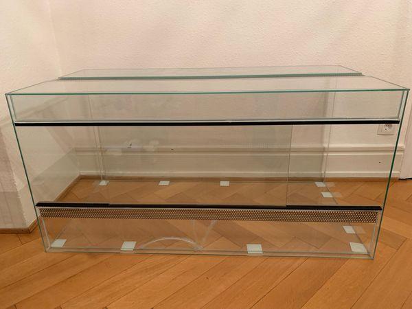 Terrarium mit Schiebetüren 120x60x60