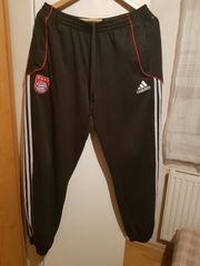 FC Bayern München Hose zu