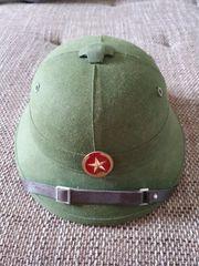Vietnamesischer Helm 5 EUR