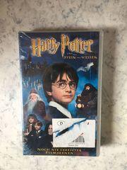 4 VHS-Videokassetten