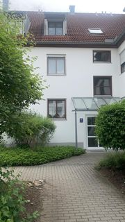 Schöne gepflegte 2-Zimmer-Dachgeschosswohnung mit Balkon