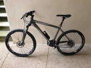 Zu verkaufen 4 Fahrräder inklusive