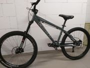 Mountainbike KONA Shred Gr M -