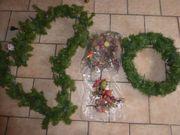 Weihnachtsgirlande und Bastelzeug neu