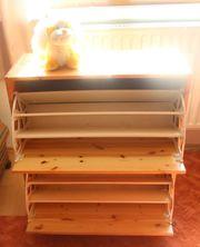 Hellbrauner Holz-Klapp-Schuhschrank mit Raum für