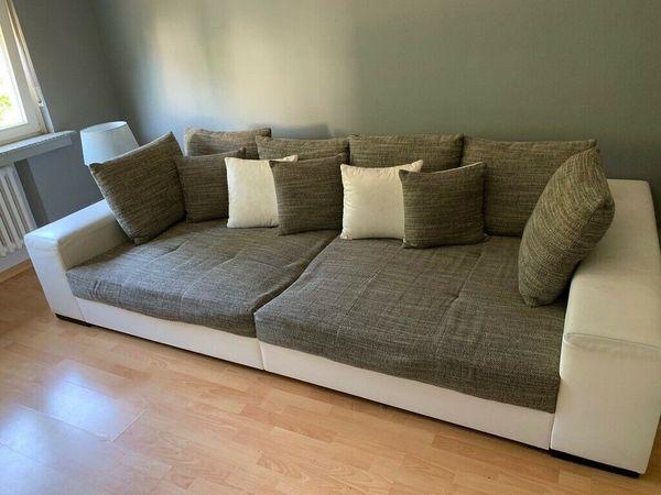 Big Sofa Grau Weiss In Bonn Polster Sessel Couch Kaufen Und Verkaufen Uber Private Kleinanzeigen