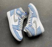Nike Air Jordan 1 Hyper