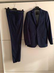 Blauer Business Anzug in Gr