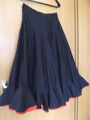 Flamencorock Schwarz Rot mit 1