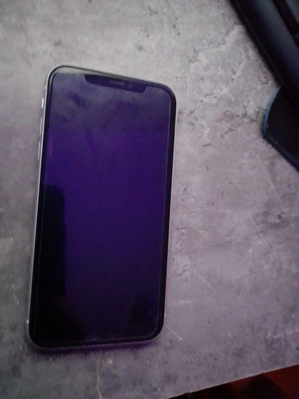 verkaufe i phone xr vollfunktionsfähig
