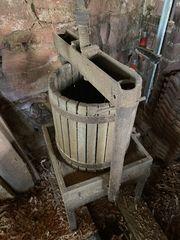 Antike Weinkelter Weinpresse Obstkelter Traubenpresse
