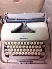 Nostalgische Schreibmaschine Adler 1960 Rarität