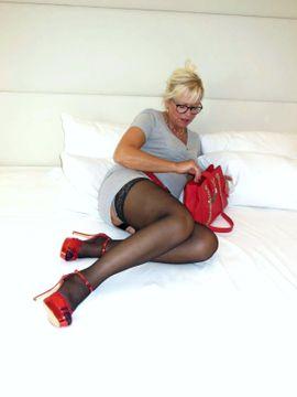 ** Echte Deutsche Hausfrau Diana, 55 Jahre alt, Sexy, Kommunikativ, Sinnlich sucht **