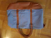 Neue Tasche in braun-blau-weiß