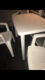Tisch mit 3 Stühlen Top