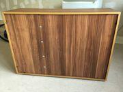 Mehrzweckschrank demontiert Multipurpose cabinet disassembled