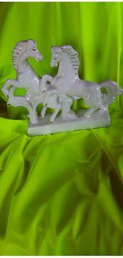 Zwei Pferde Porzellanfigur