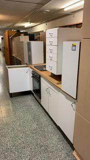 Küche mit Herd Backofen - L24114