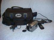 Videokamera SONY DCR-TRV480E mit Tasche