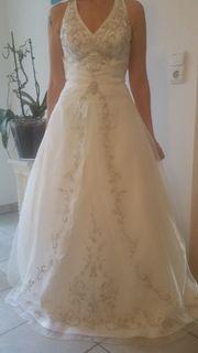 Hochzeitskleid mit Schleppe Gr 34