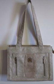Handtasche von Charm Shape Neu